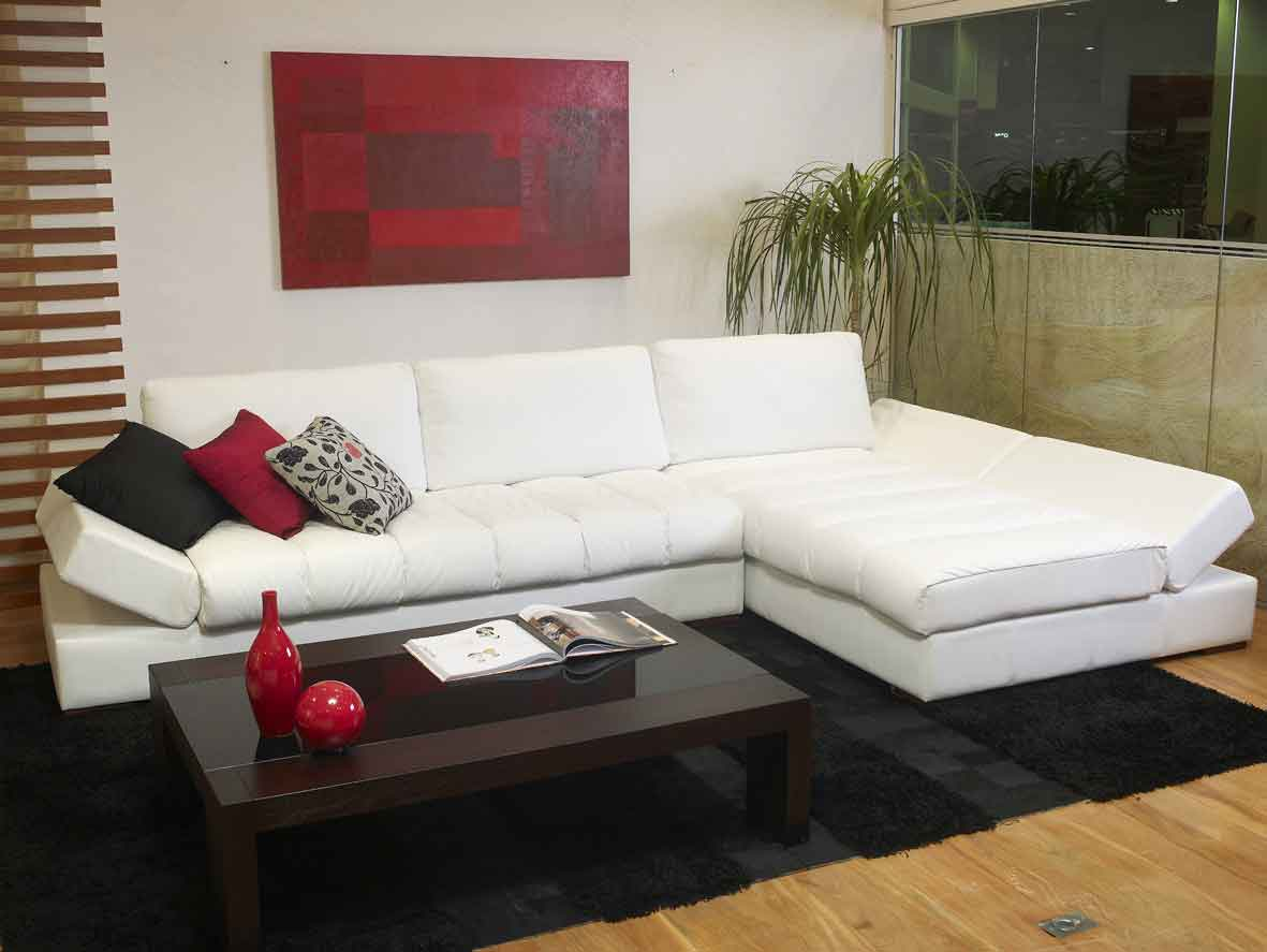 high gloss contemporary leather furniture