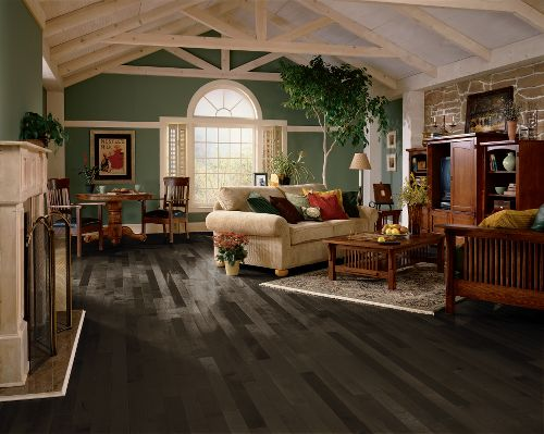 Grey Laminate Flooring Ideas For Your New Home HGNVCOM Magnificent Laminate Floor Bedroom Concept Decoration