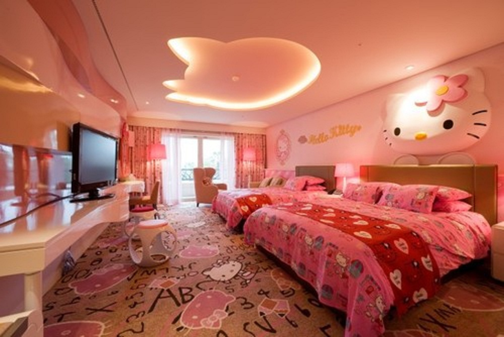 cute-hello-kitty-bedroom-decorating-design-ideas
