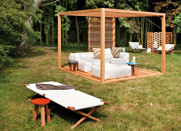 15 Pergola Design Ideas Design - Freestanding Wood With White Outdoor Furniture