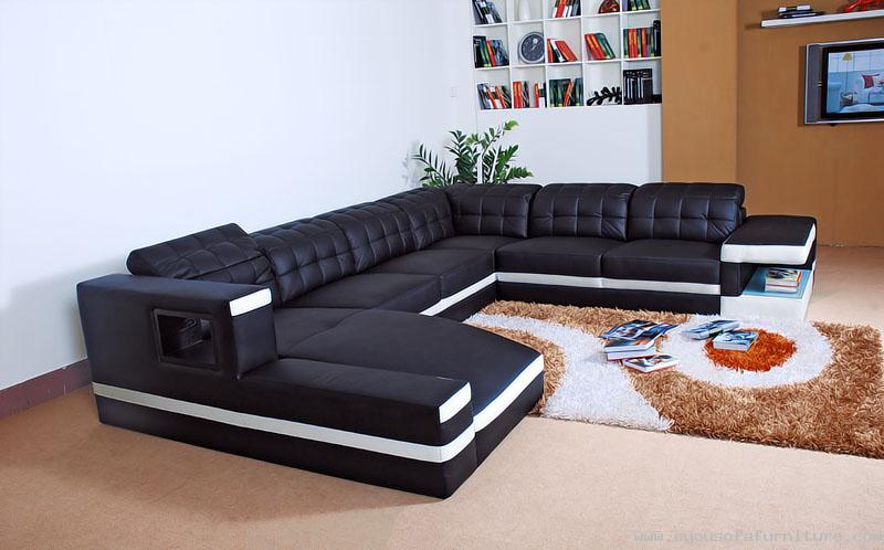 VIEW IN GALLERY Luxury And Contemporary Black Leather Sofa With Sleeper