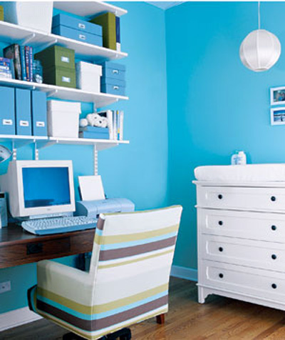 Small home office design ideas with blue wall theme and cute chair