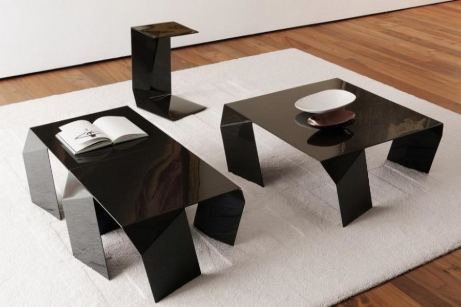 modern high gloss black glass coffee table