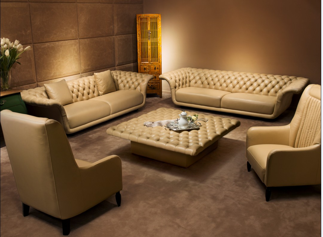 10 luxury leather sofa set designs that will make you for Living room set design