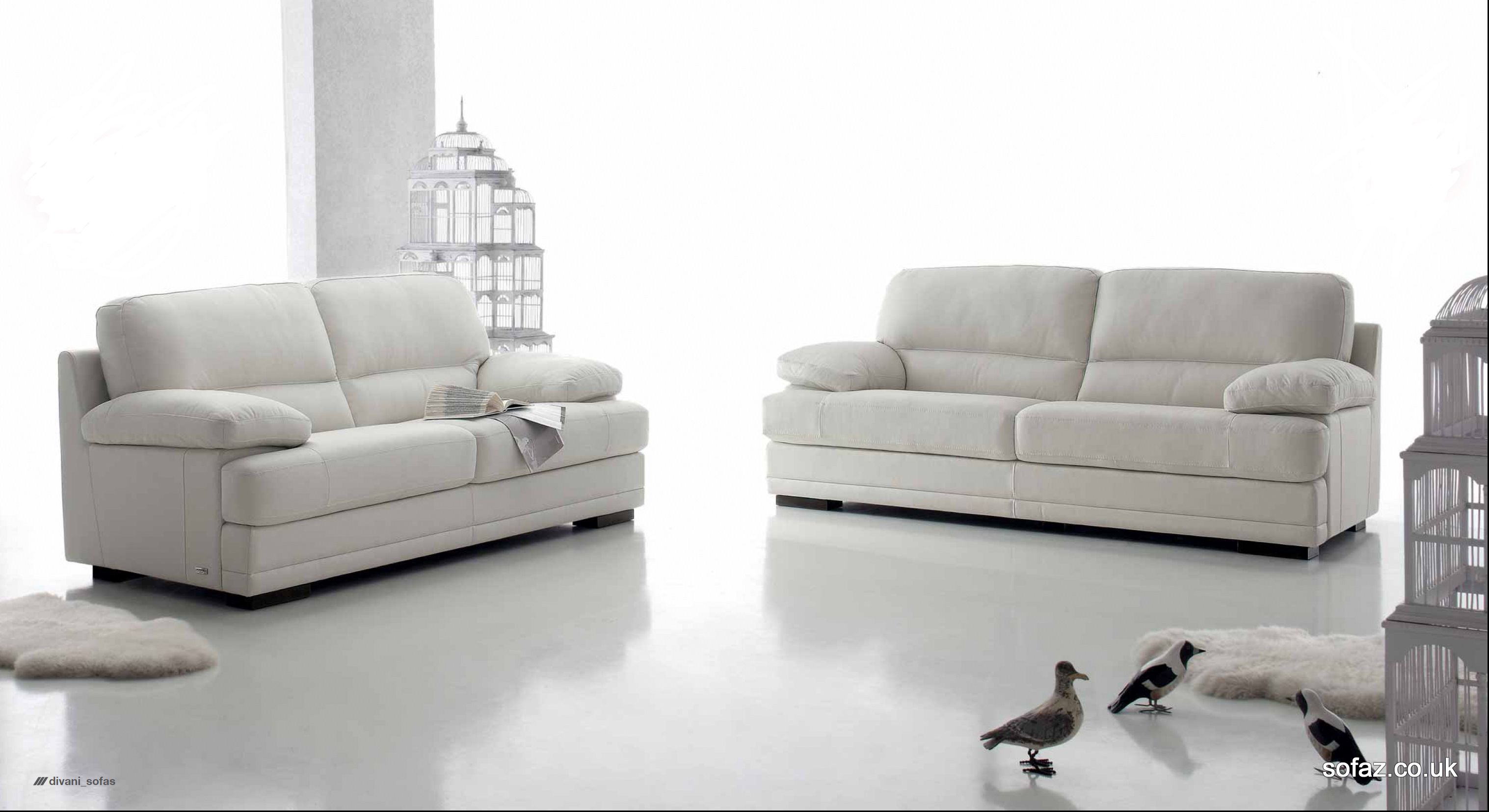Luxury italian leather sofas magritte modern leather sofa for Leather sofa set