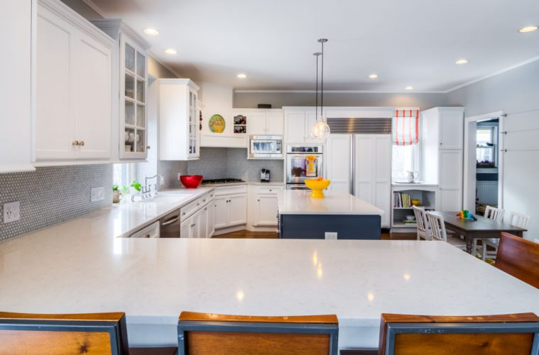 Turn Your Small Kitchen To Look Ger With White Cabinets