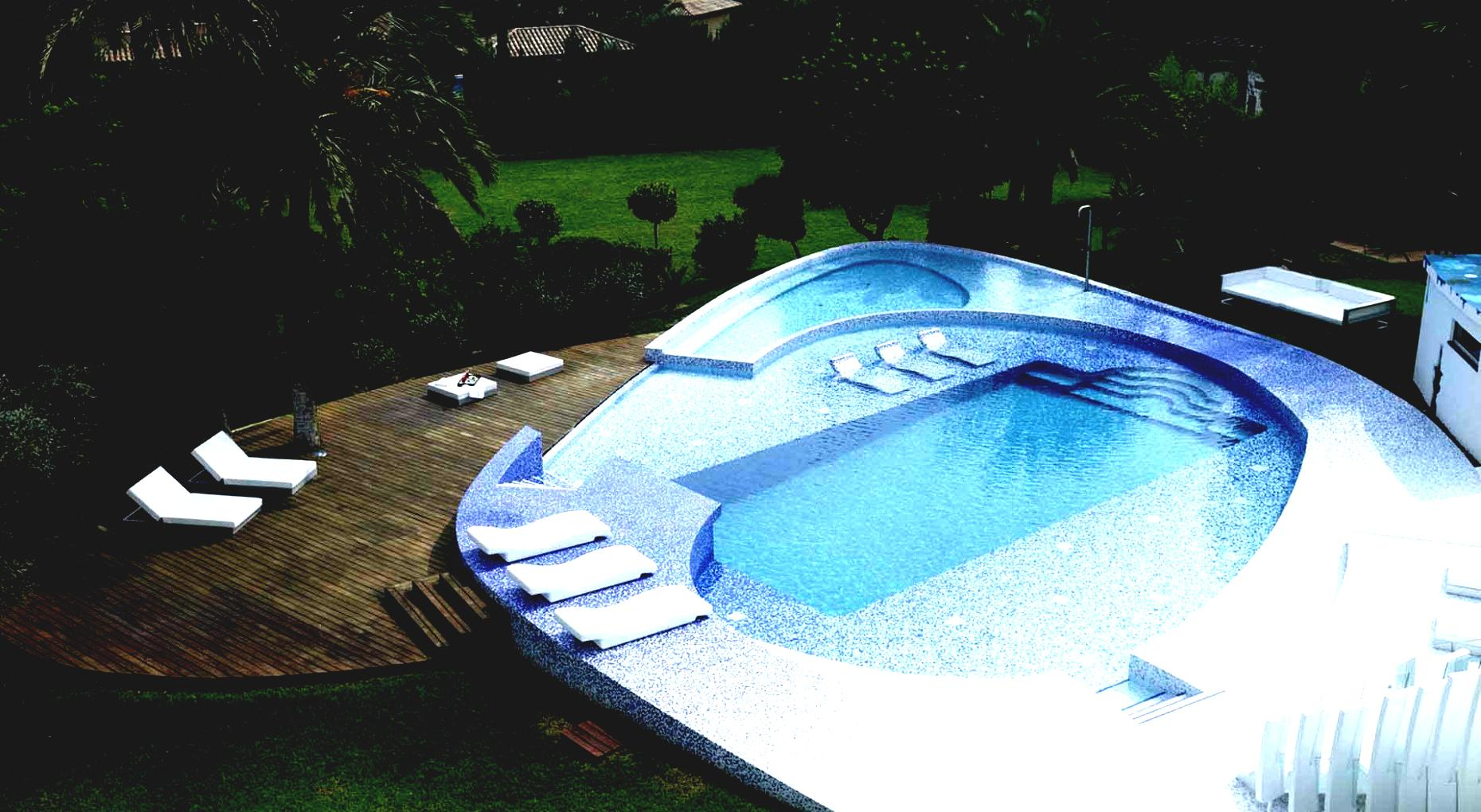 Small Backyard Inflatable Pool