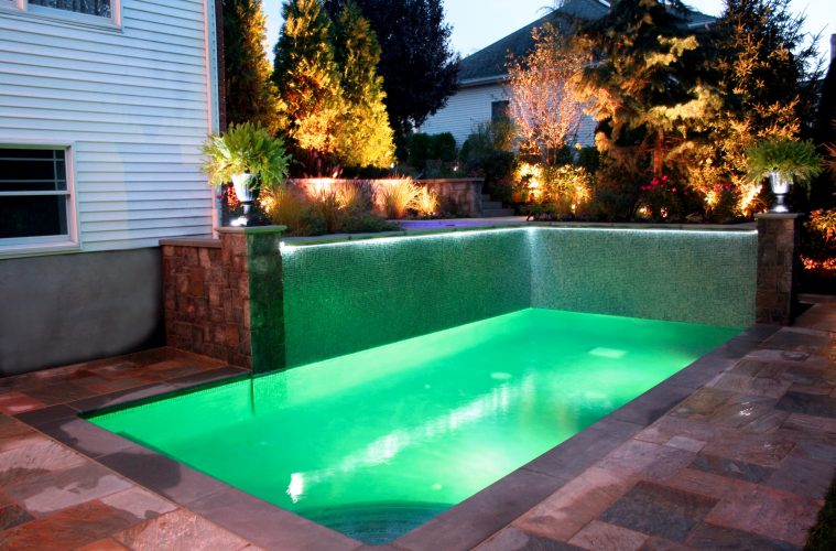 48 Small Pool Ideas To Turn Your Small Backyard Into Relaxing Space Simple Backyard Designs With Pool