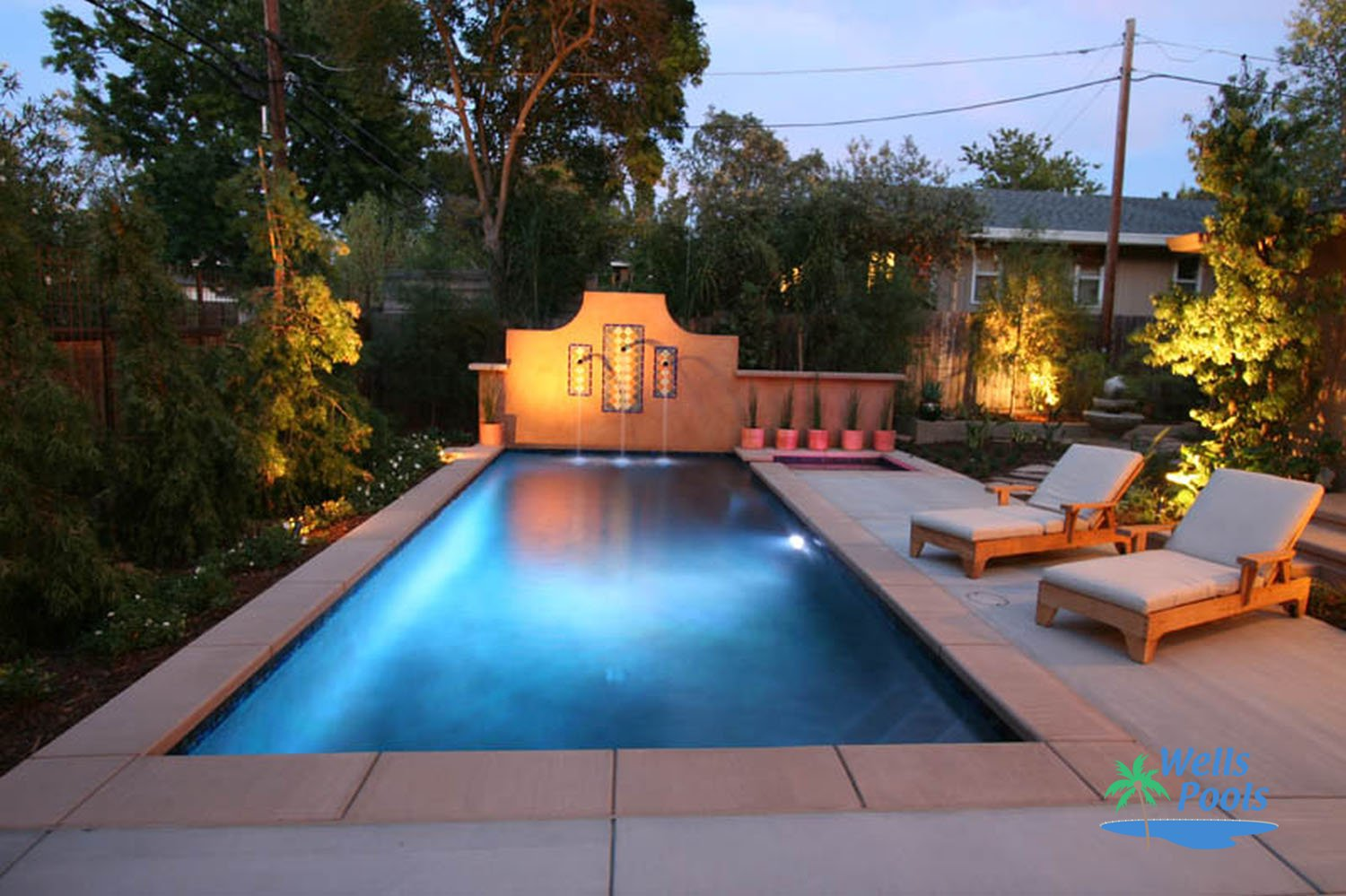 24 small pool ideas to turn your small backyard into for Pictures of small pools