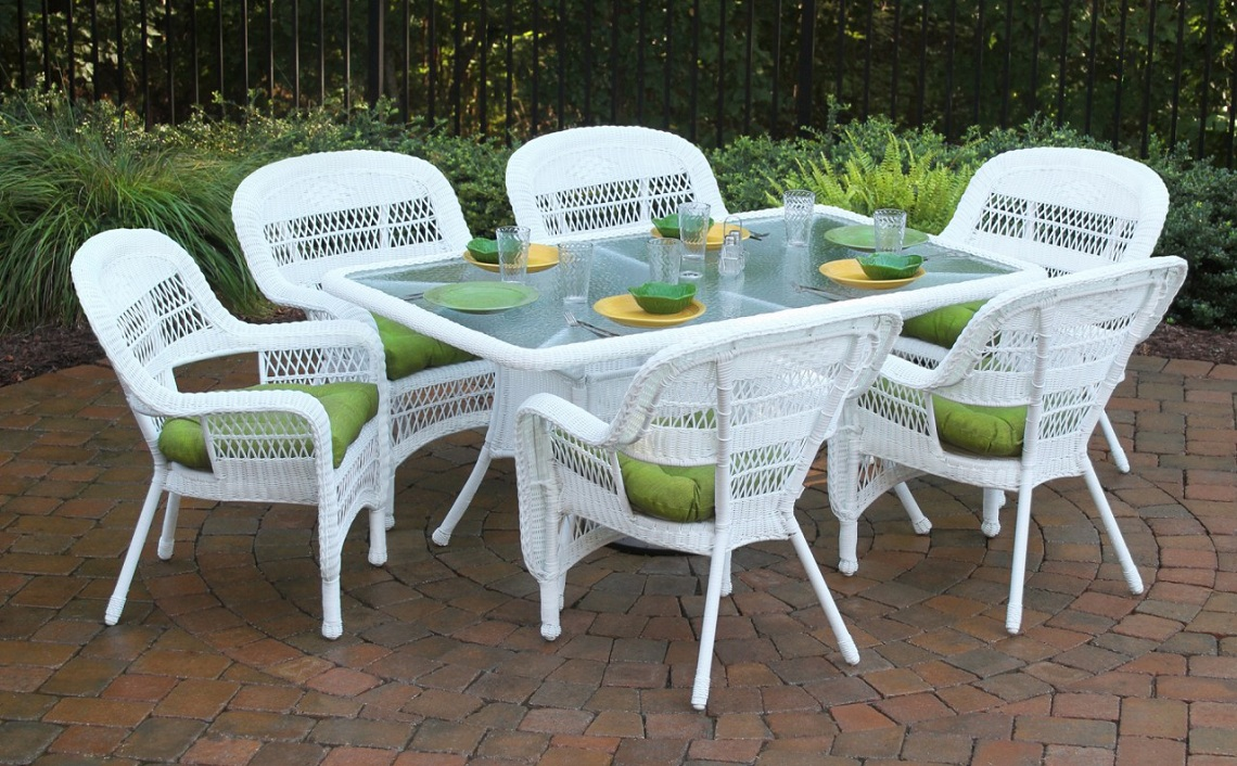 View In Gallery White Resin Wicker Patio Furniture Dining Sets