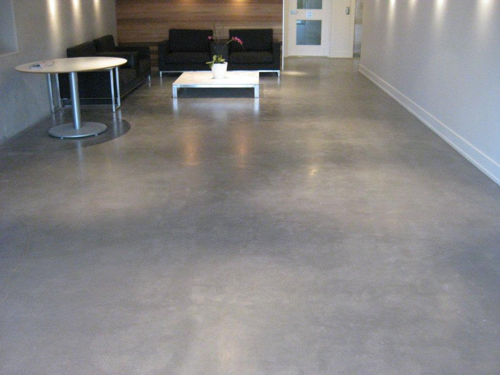 Why polished concrete floor is better than others flooring for Residential concrete floor wax