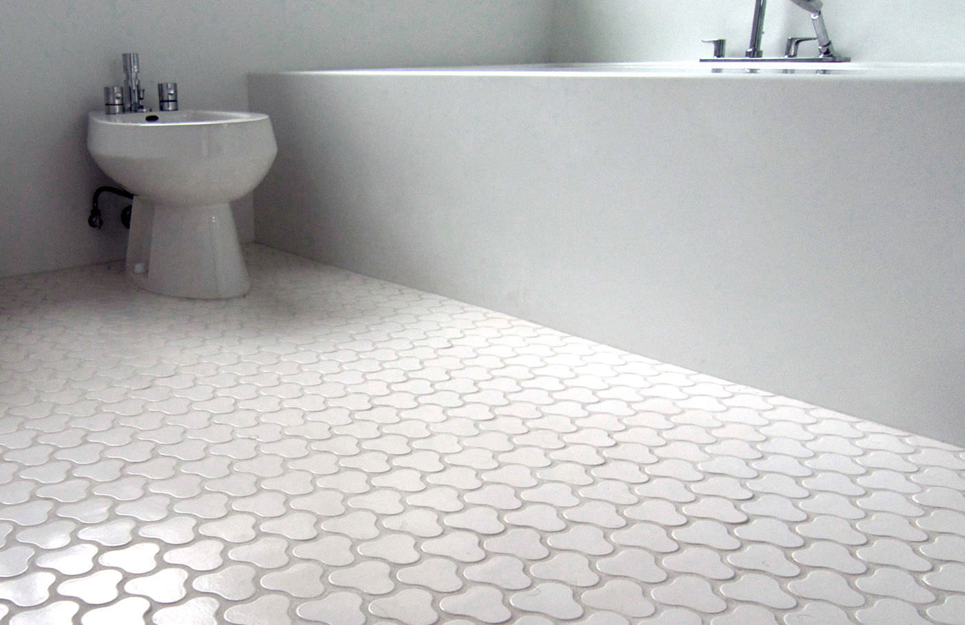 Non Slip Bathroom Flooring Elderly Uk Thedancingpa Com